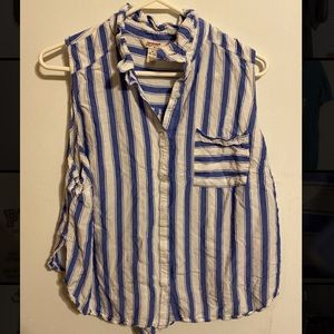 Blue and whit button down shirt